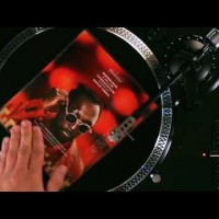 "Vinyl AD que da publicidad al tema ""Great times"" de Will.I.Am"
