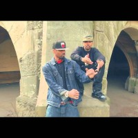 Video: Ruste Juxx & VStheBEST | Off the hinges ft. Rock