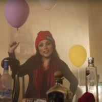 Video: Snow Tha Product | Ayayay! (subtitulado)